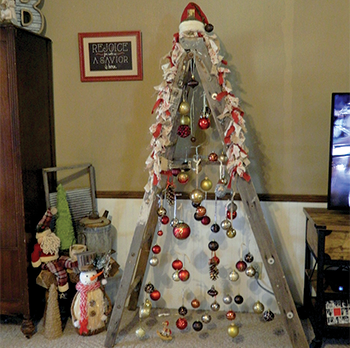 A home for the holidays Family decorates every room for Christmas