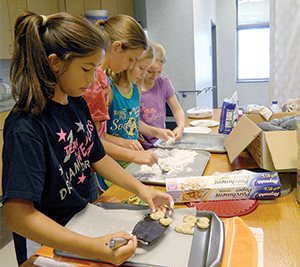 4-H hosts cultures around the world camp