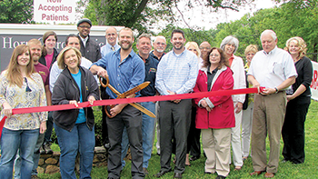 Horn Chiropractic  ribbon cutting