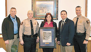 Detective Julie Greene receives North Carolina State Bureau of Investigation Western District Partnership Award