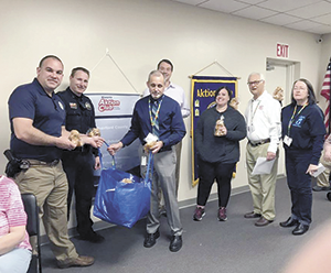 Spindale Police Dept. receives teddy bears to comfort kids