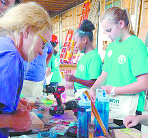 WeBuild Day Camp - the buzz for young girls