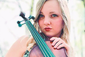 Carley Arrowood signs with  music company: Union Mills resident tours with Darin & Brooke Aldridge